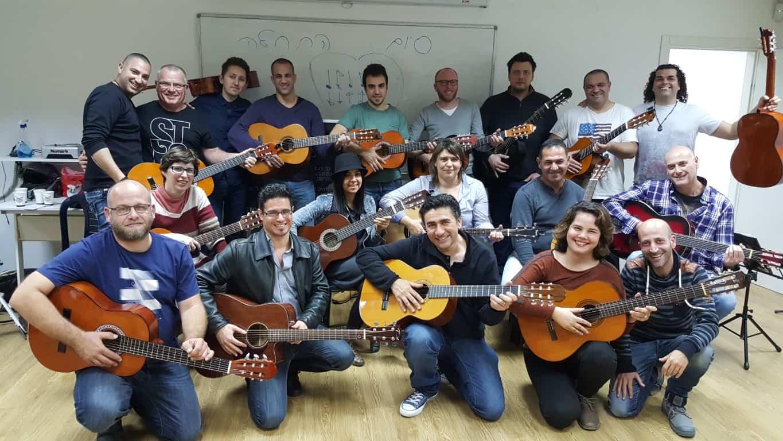 איך לבחור מורה לגיטרה